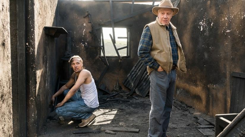 Fear The Walking Dead Season 3 Episode 5 Review Burning In Water Drown...
