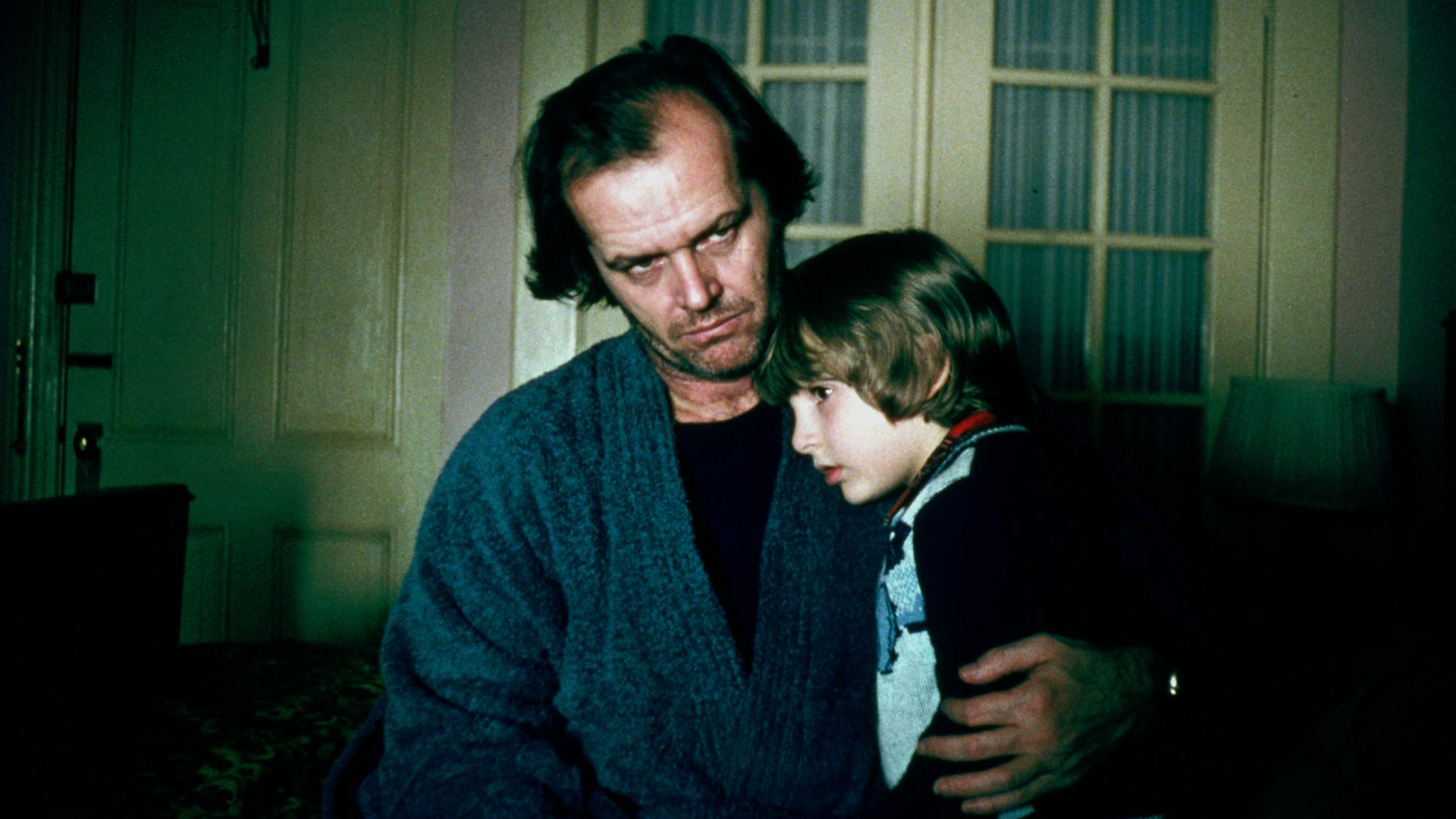 the shining jack nicholson danny lloyd - Danny Lloyd và cú lừa hoàn hảo, đóng phim kinh dị nhưng tưởng là phim gia đình