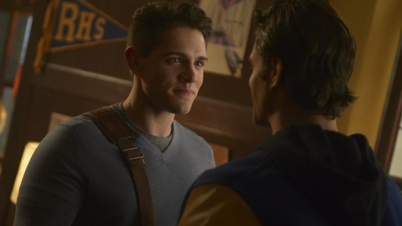 Riverdale season 3 episode 12 review: Bizarrodale